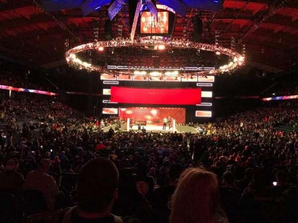 Allstate Arena, secção: 114, fila: H, lugar: 23