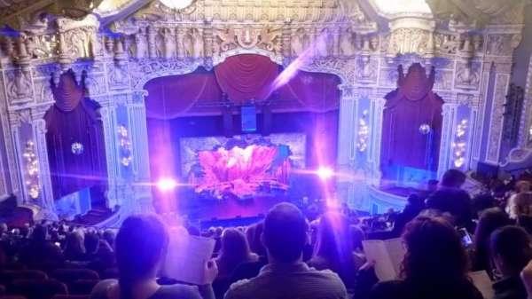 James M. Nederlander Theatre, secção: Balcony LC, fila: U, lugar: 331