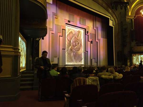 Lyric Theatre, secção: Orch, fila: L, lugar: 27