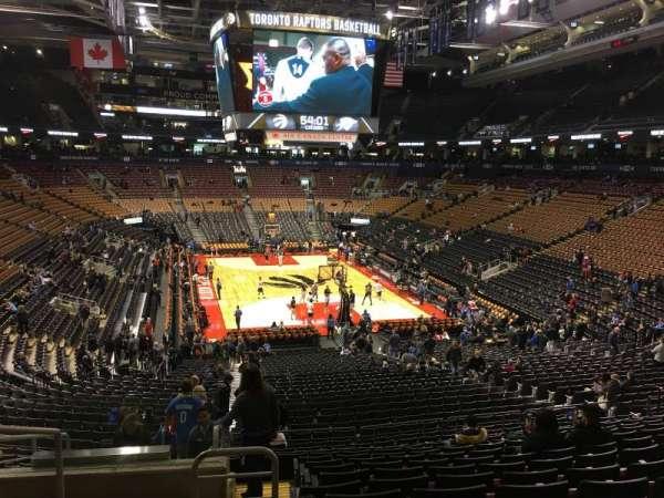 Scotiabank Arena, secção: 103, fila: 30, lugar: 20