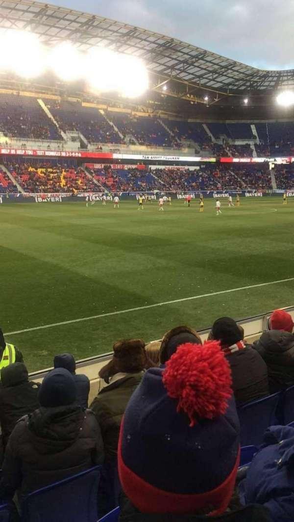 Red Bull Arena (New Jersey), secção: 111, fila: 4, lugar: 22
