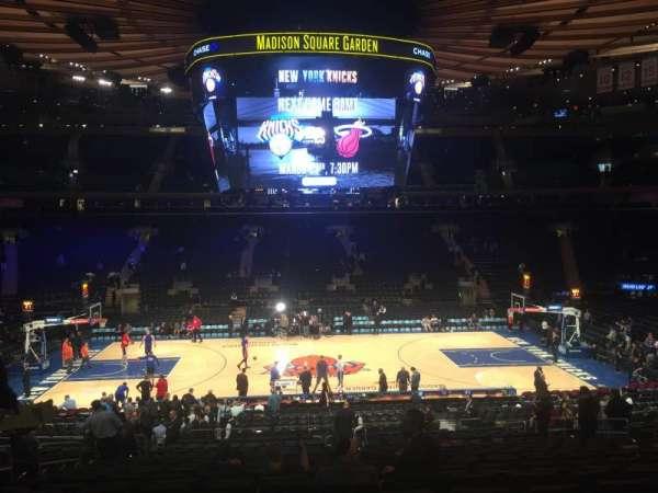 Madison Square Garden, secção: 107, fila: 22, lugar: 9