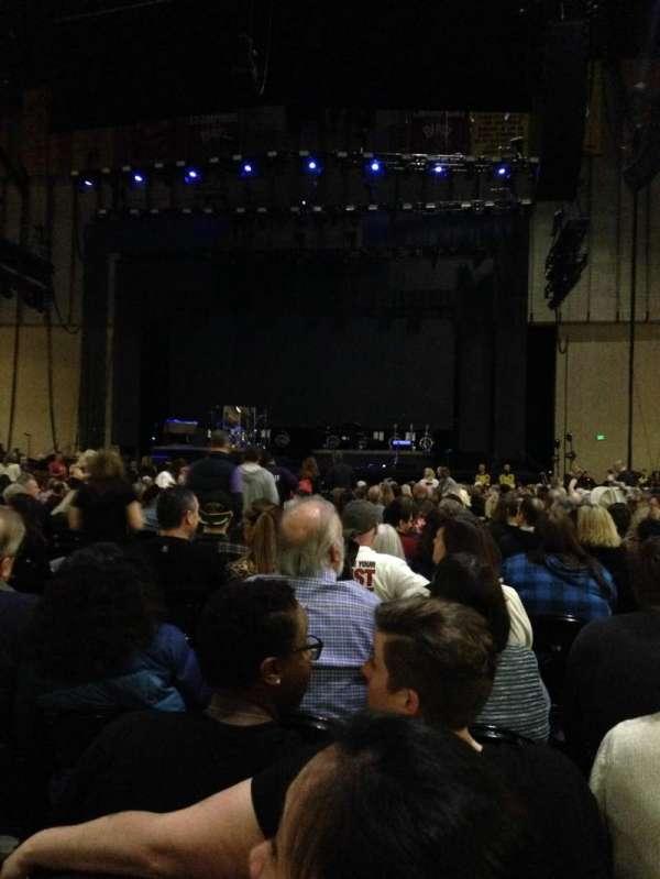 Royal Farms Arena, secção: Floor 1, fila: DD, lugar: 10