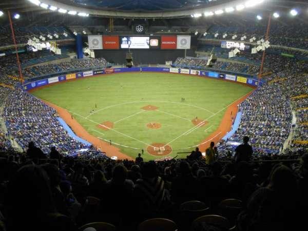 Olympic Stadium, Montreal, secção: 402, fila: R, lugar: 6