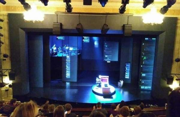 Music Box Theatre, secção: Mezzanine C, fila: J, lugar: 108
