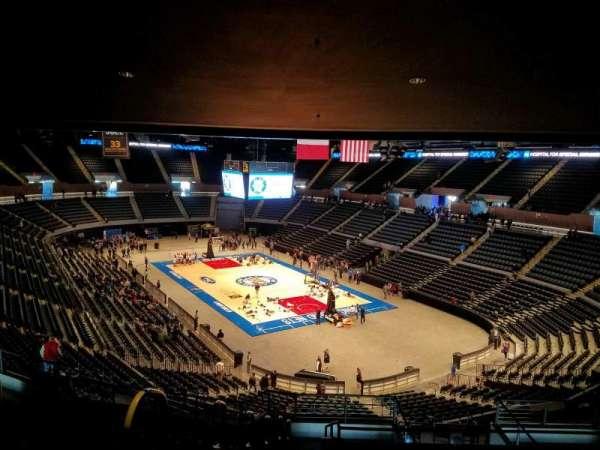 Nassau Veterans Memorial Coliseum, secção: 216, fila: 11, lugar: 14