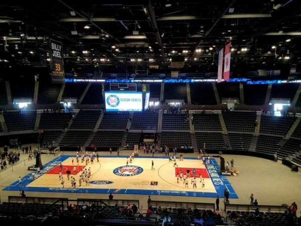 Nassau Veterans Memorial Coliseum, secção: 222, fila: 9, lugar: 11