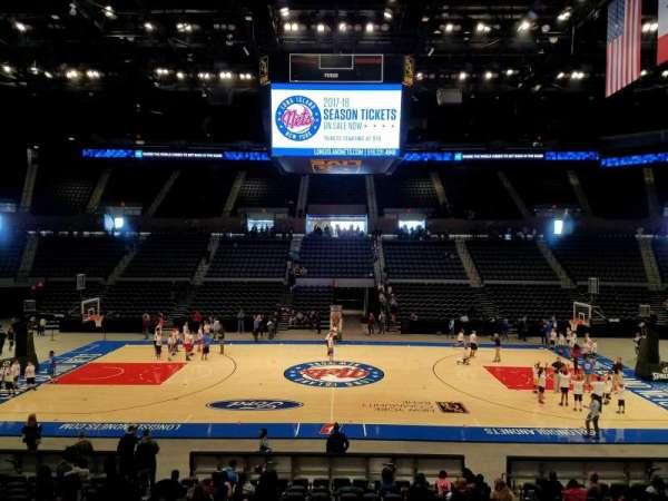 Nassau Veterans Memorial Coliseum, secção: 17, fila: 7, lugar: 7