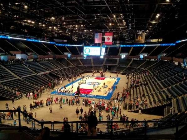 Nassau Veterans Memorial Coliseum, secção: 231, fila: 5, lugar: 8