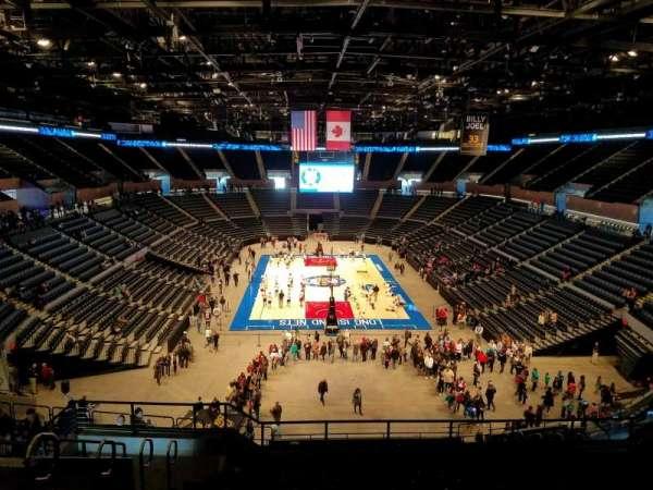 Nassau Veterans Memorial Coliseum, secção: 233, fila: 10, lugar: 14
