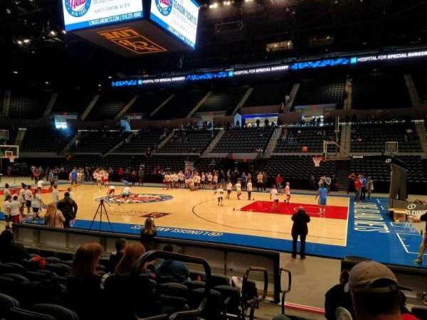 Nassau Veterans Memorial Coliseum, secção: 15, fila: 7, lugar: 14