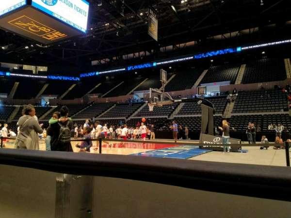 Nassau Veterans Memorial Coliseum, secção: 1, fila: AA, lugar: 1