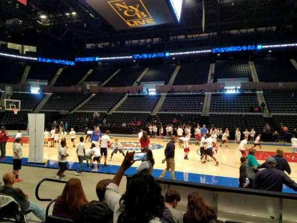 Nassau Veterans Memorial Coliseum, secção: 2, fila: 5, lugar: 10