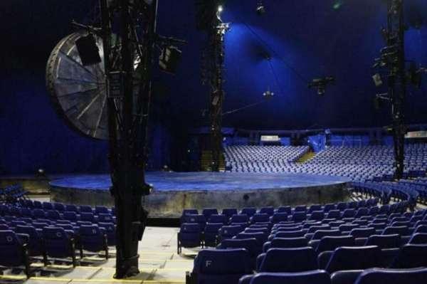 Cirque Du Soleil - Luzia, secção: 201, fila: H, lugar: 15