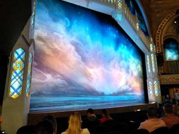 Eugene O'Neill Theatre, secção: Orchestra L, fila: F, lugar: 17