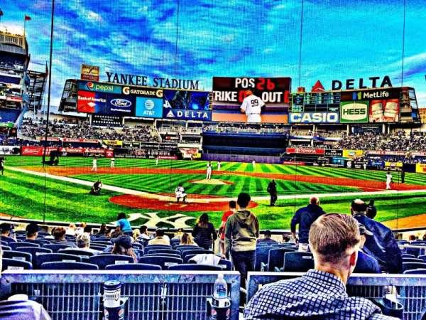 Yankee Stadium, secção: 120A, fila: 3, lugar: 3