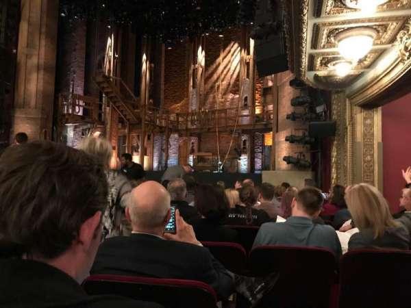 CIBC Theatre, secção: Orchestra R, fila: K, lugar: 20