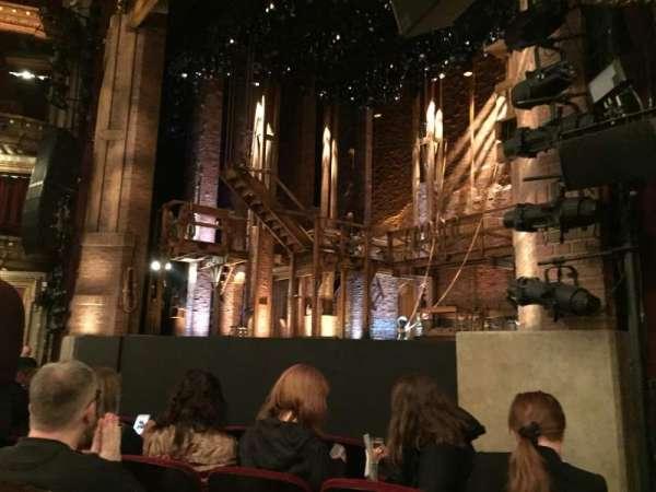 CIBC Theatre, secção: Orchestra R, fila: F, lugar: 20