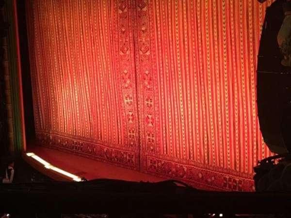 New Amsterdam Theatre, secção: Mezzanine R, fila: BB, lugar: 28