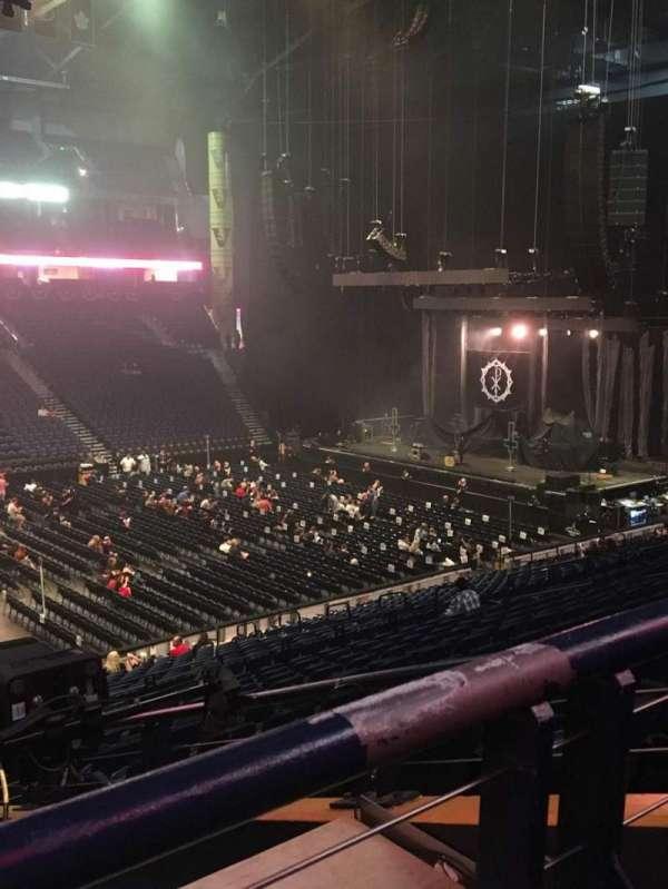 Bridgestone Arena, secção: 105, fila: P, lugar: 22