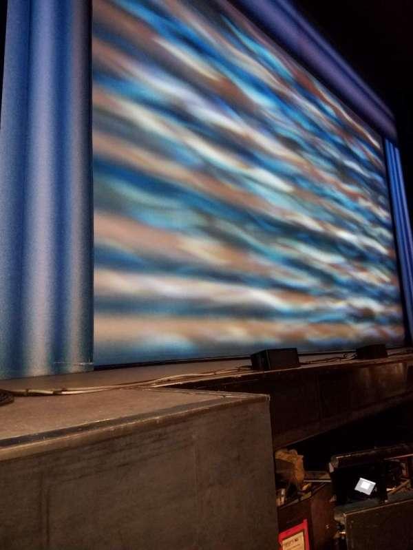 Durham Performing Arts Center, secção: 1, fila: B, lugar: 135