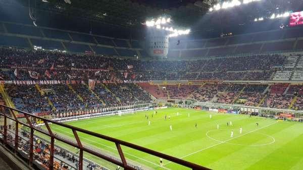 Stadio Giuseppe Meazza, secção: 261, fila: 2, lugar: 14