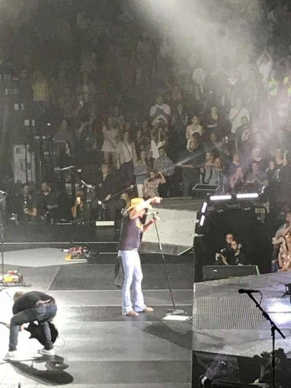 Mohegan Sun Arena, secção: 26, fila: R, lugar: 5
