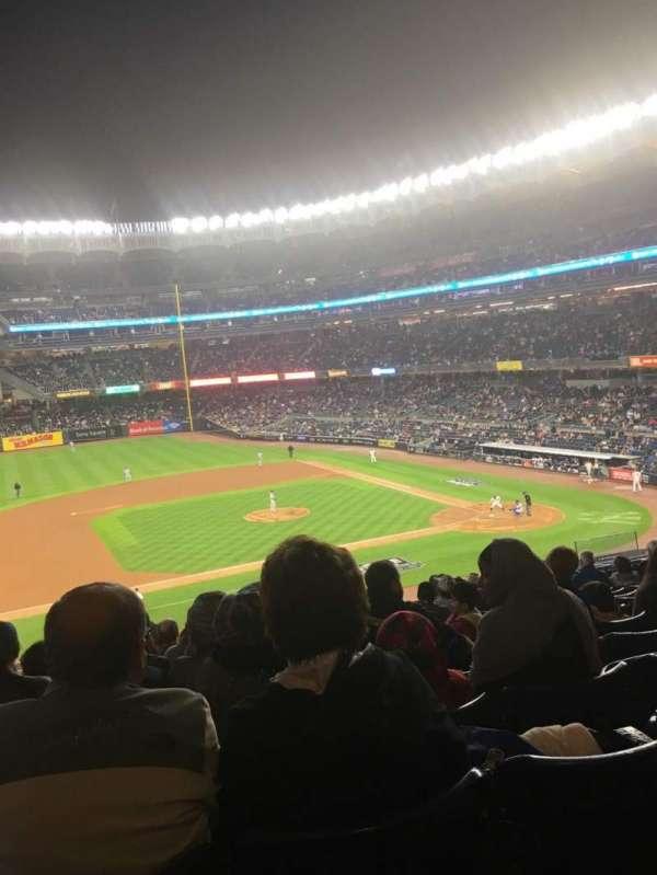 Yankee Stadium, secção: 225, fila: 13, lugar: 18