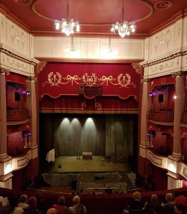 New Theatre (Cardiff), secção: Circle, fila: H, lugar: 16