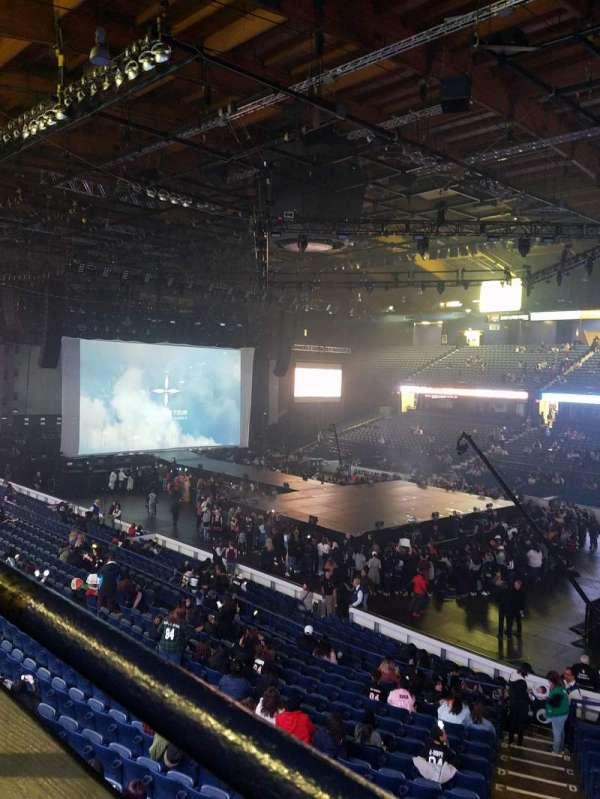 Allstate Arena, secção: 201, fila: A, lugar: 3