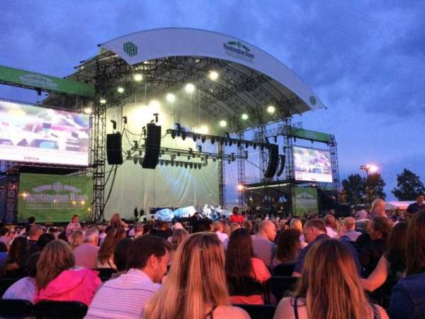 Huntington Bank Pavilion at Northerly Island, secção: 206, fila: M, lugar: 16