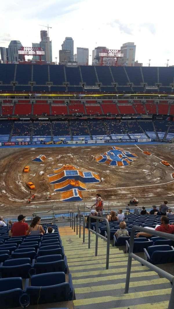 Nissan Stadium, secção: 313, fila: X, lugar: 1