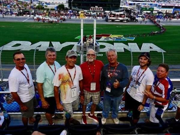 Daytona International Speedway, secção: 351, fila: 4, lugar: 8