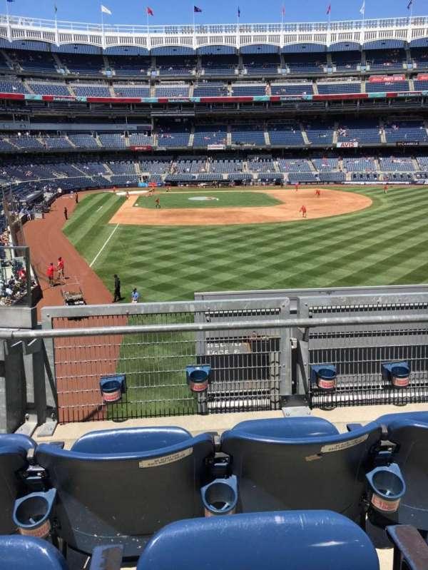 Yankee Stadium, secção: 206, fila: 3, lugar: 13