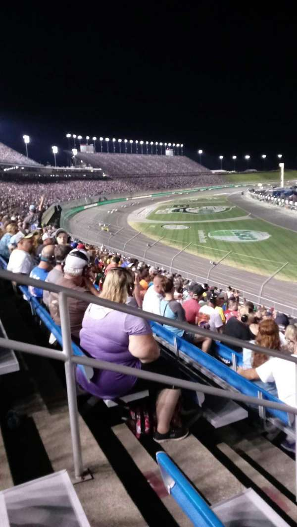 Kentucky Speedway, secção: Ktye, fila: 32, lugar: 7