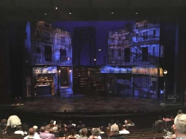 ZACH Theatre, secção: A, fila: M, lugar: 207