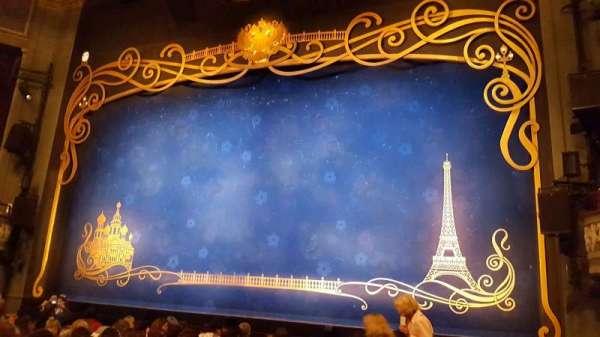 Broadhurst Theatre, secção: Orchestra R, fila: k, lugar: 2