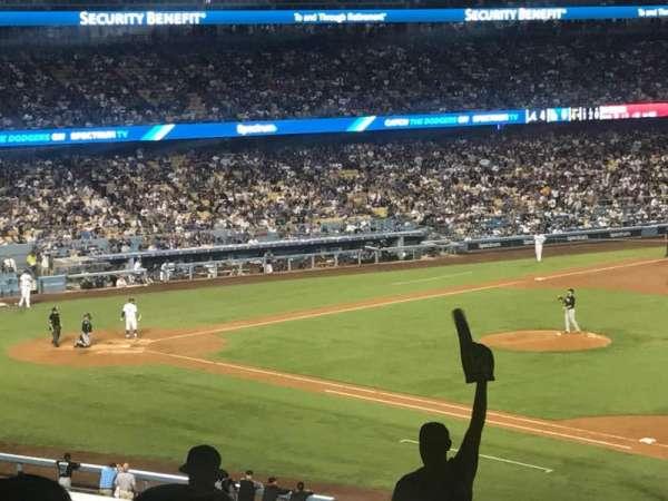 Dodger Stadium, secção: 146LG, fila: T, lugar: 1