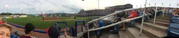 Salem Memorial Ballpark, secção: 214, fila: B, lugar: 2