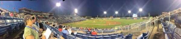 Salem Memorial Baseball Stadium, secção: 211, fila: Q, lugar: 22