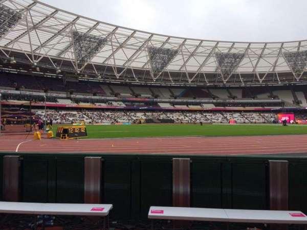 London Stadium, secção: 131, fila: 2