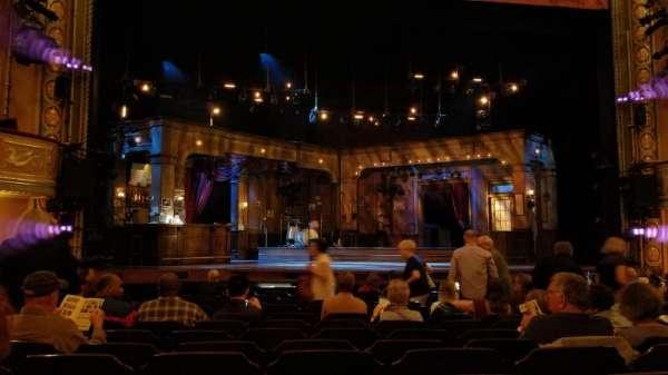 Bernard B. Jacobs Theatre, secção: Orchestra C, fila: L, lugar: 115