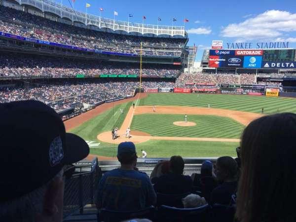 Yankee Stadium, secção: 217, fila: 7, lugar: 15