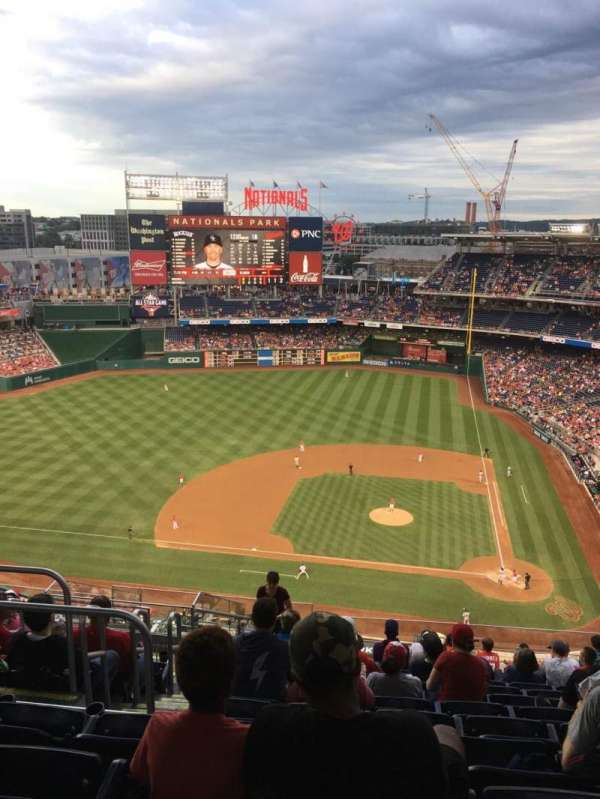 Nationals Park, secção: 409, fila: M, lugar: 26