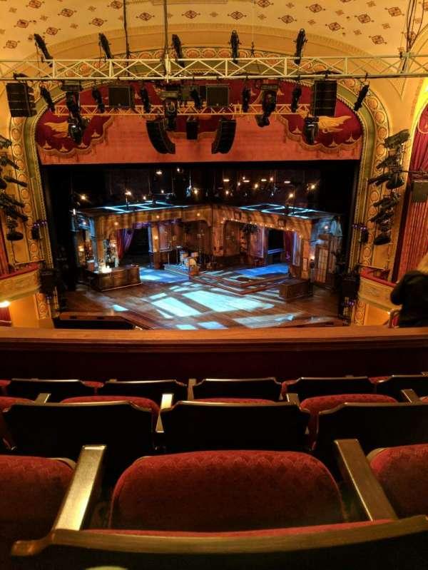 Bernard B. Jacobs Theatre, secção: Mezzanine C, fila: H, lugar: 104