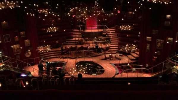 Imperial Theatre, secção: 3, fila: B, lugar: 4