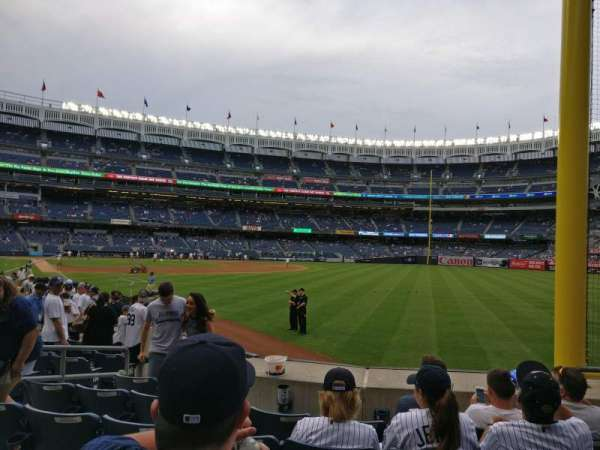 Yankee Stadium, secção: 108, fila: 6, lugar: 4