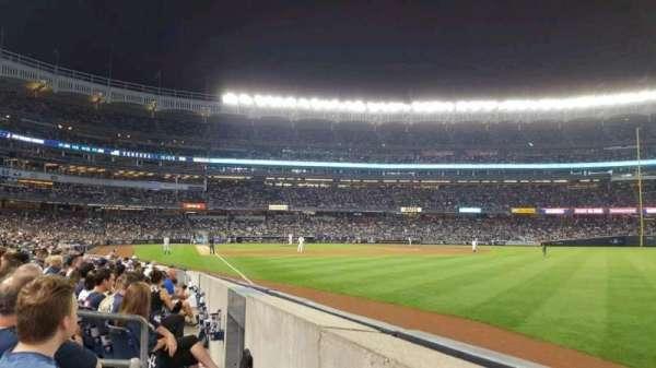 Yankee Stadium, secção: 109, fila: 2, lugar: 1