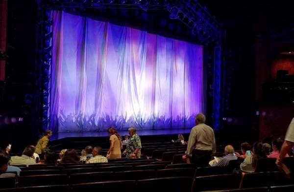 Marquis Theatre, secção: Orchestra, fila: N, lugar: 9 and 11