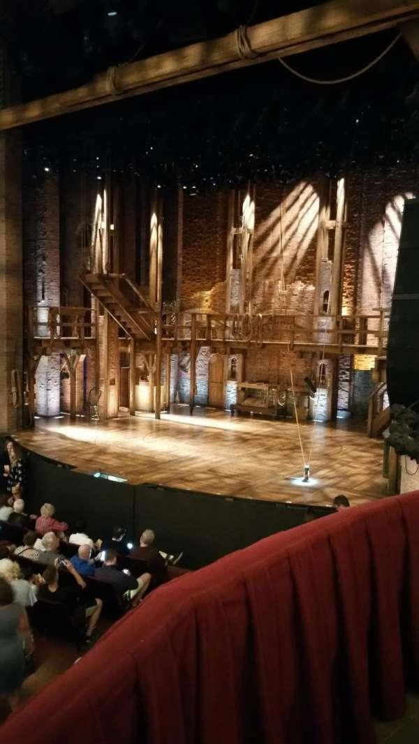 CIBC Theatre, secção: Dress Circle Box 2, fila: 2, lugar: 206
